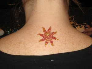 sun-tattoo-glitter-large-247994656