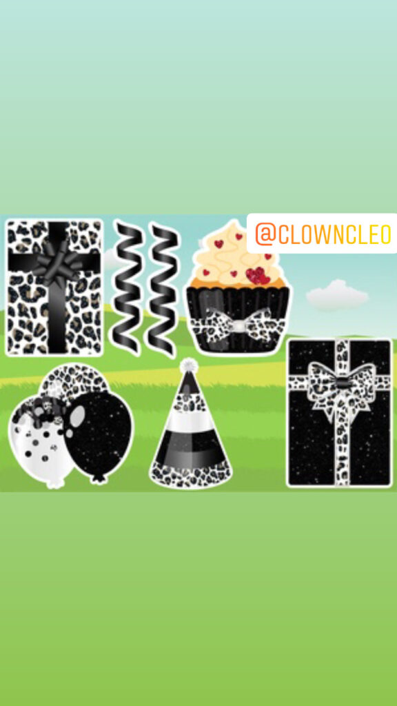 Lawn Sign Black and white cupcake set